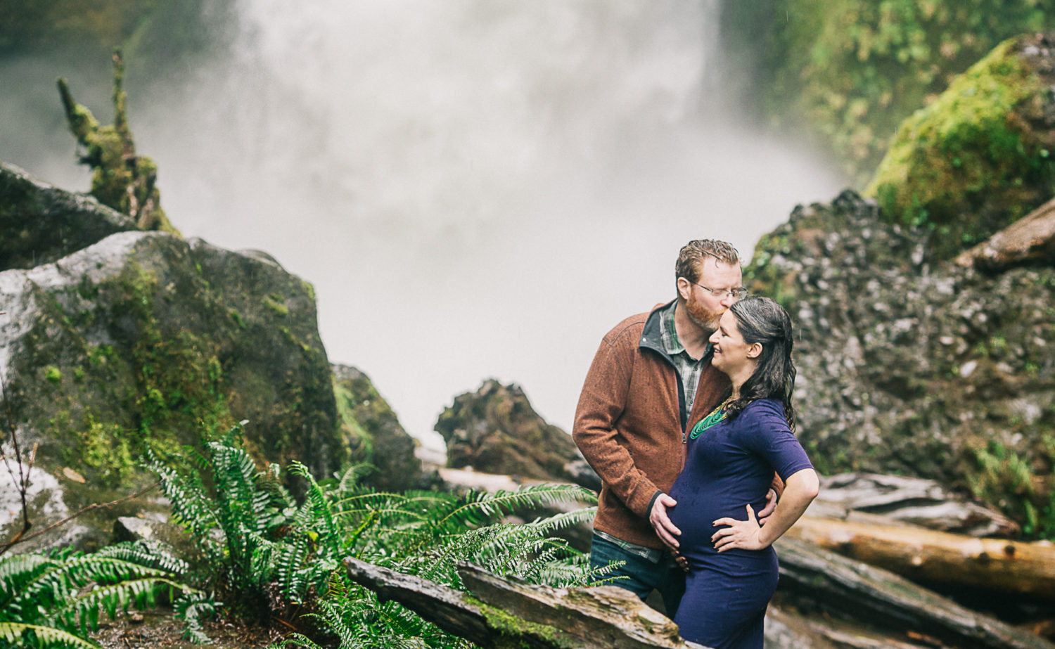 Top Maternity Photographers: Portland