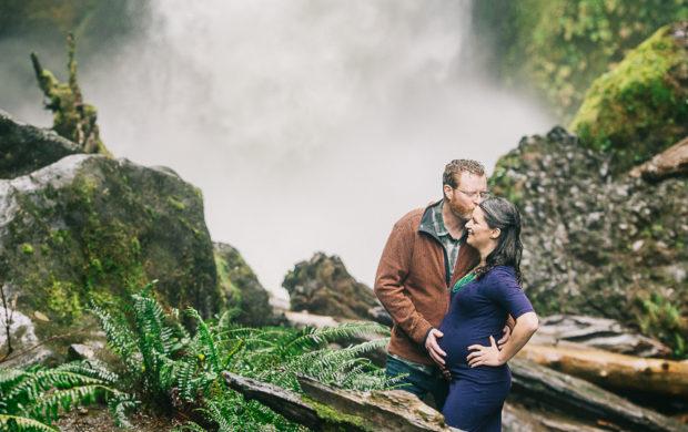 Top Maternity Photographers: Portland