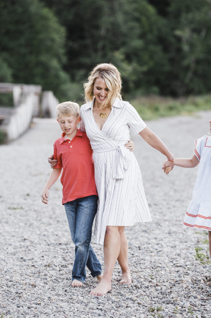 tolmie-state-park-family-photography-session-erin-elizabeth-photography
