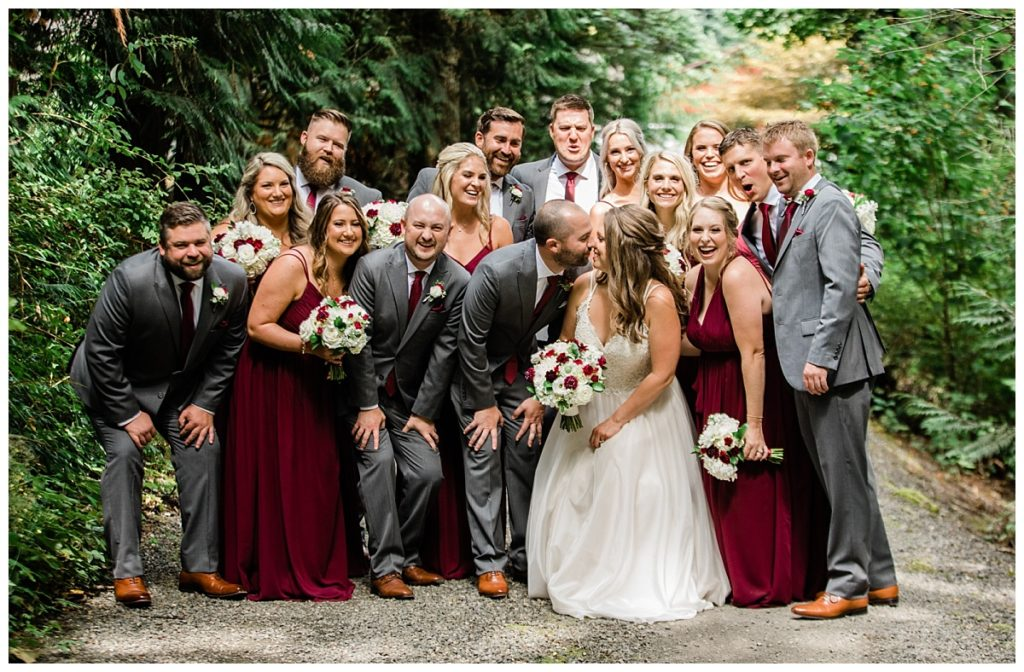 2019-august-summit-grove-lodge-ridgefield-wedding